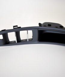 BMW F10 juoda vairuotojo durų rankena be veidrodžių užlenkimo.